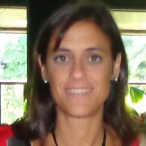 Dra. Lorena Regairaz